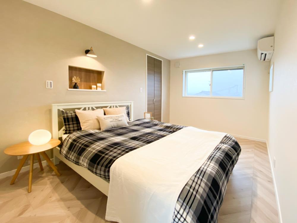 ルミナージュ岸和田第3段モデルハウス WIC付主寝室