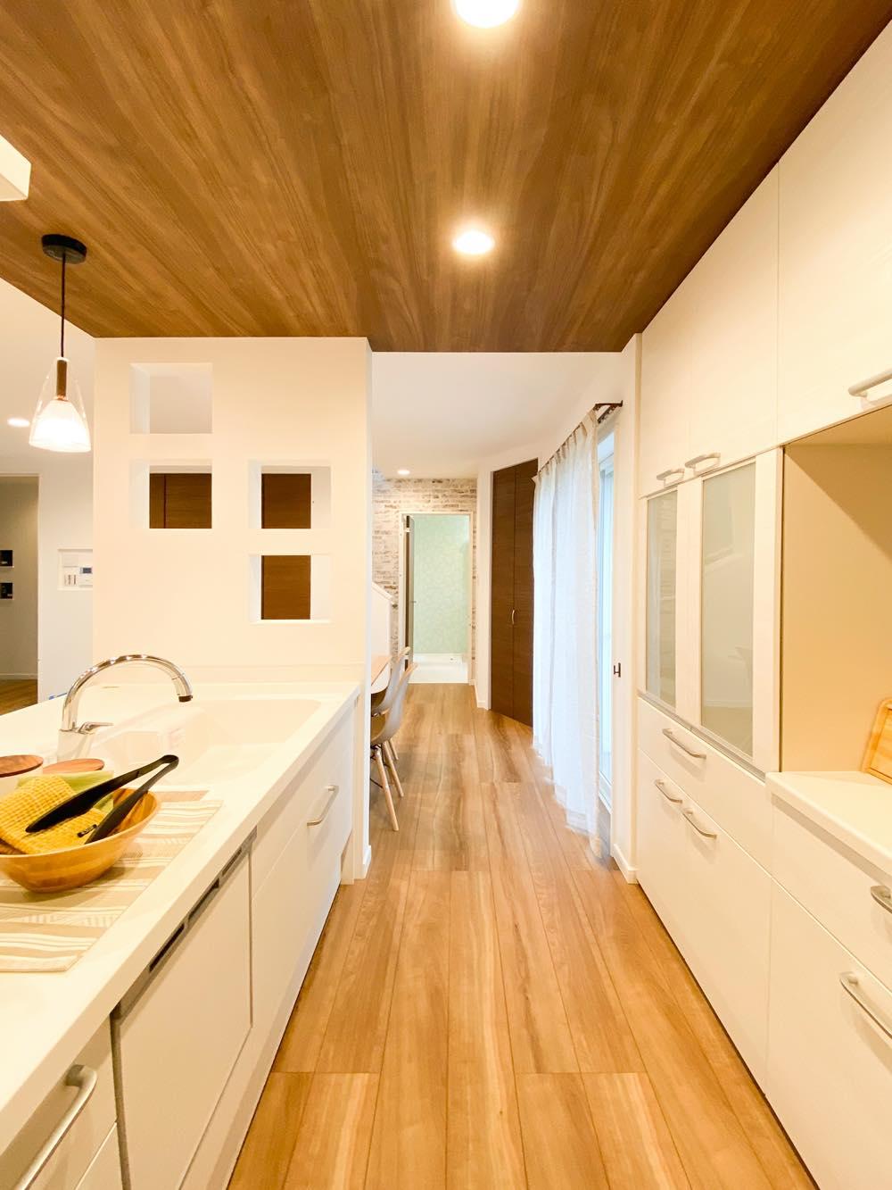 ルミナージュ岸和田第3段モデルハウス 一直線の家事導線
