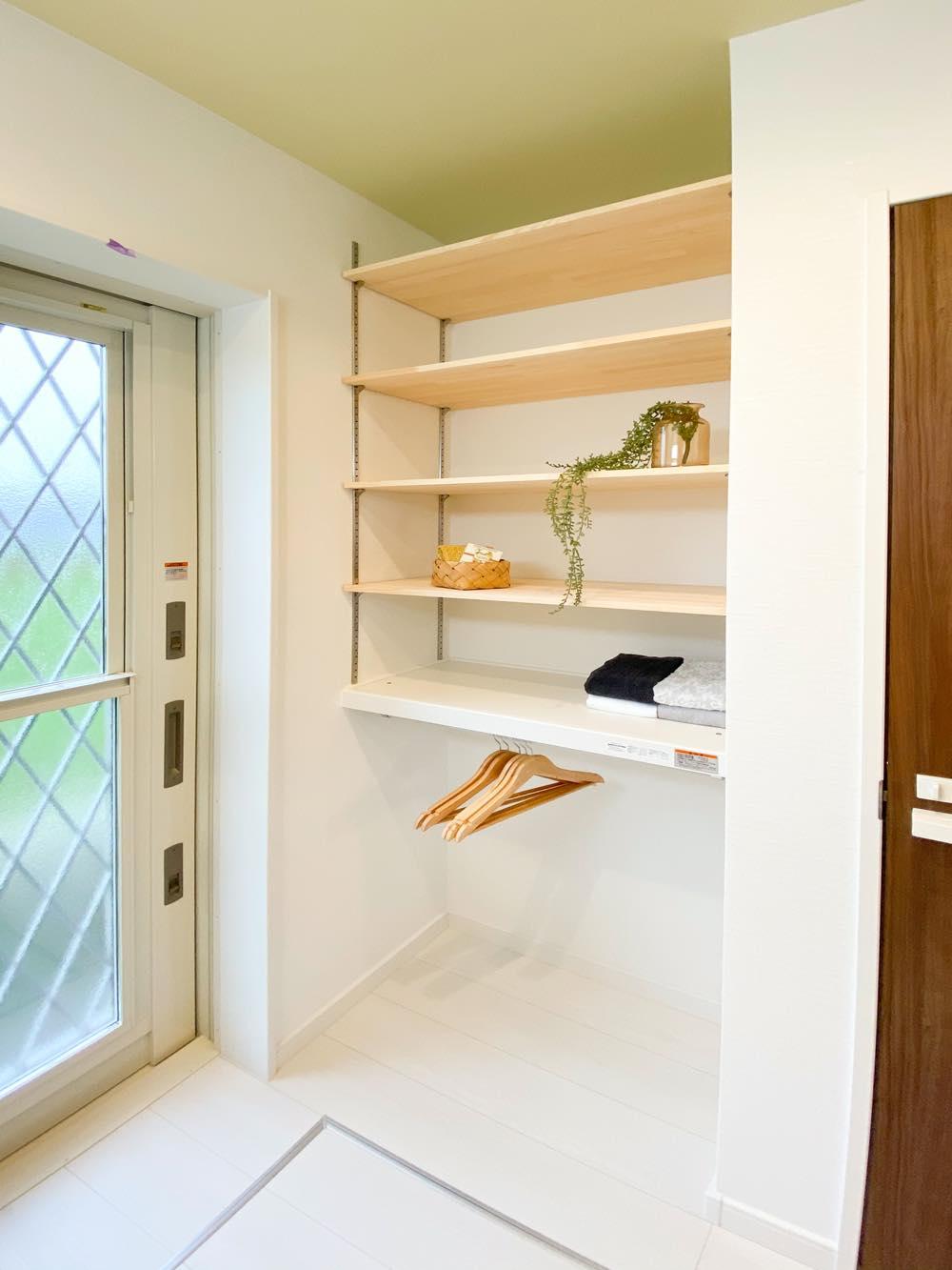 ルミナージュ岸和田第3段モデルハウス 洗面室収納